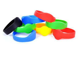 custom silicone wristbands in Agra