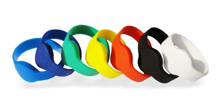 Silicone Wristbands in Agra